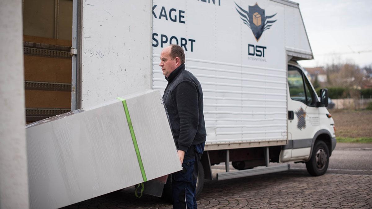 DST international, société de déménagement, société déménagement Alsace, société déménagement Mulhouse, société déménagement Strasbourg, service de déménagement, déménagement professionnel, déménagement avec chauffeur, camion déménagement avec chauffeur, location véhicule avec chauffeur déménagement, camion de déménagement avec chauffeur prix, location camion déménagement avec chauffeur aller simple, déménageurs professionnels, déménagement professionnel, déménagement france, déménagement à l'étranger, déménager en france, déménager à l'étranger